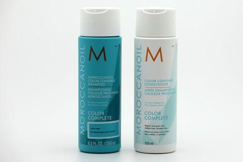 La technologie COLOR LINK offre des propriétés de réparation progressive qui permettent de restaurer la qualité du cheveu et de prolonger l'éclat de la couleur.  Sans sulfate ni paraben